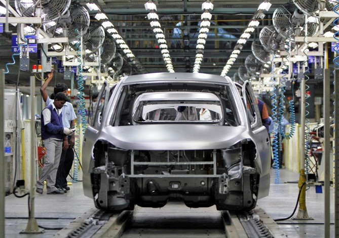 Why is India's car industry in breakdown mode?